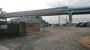 倉見第二駐車場 (砂利敷き)