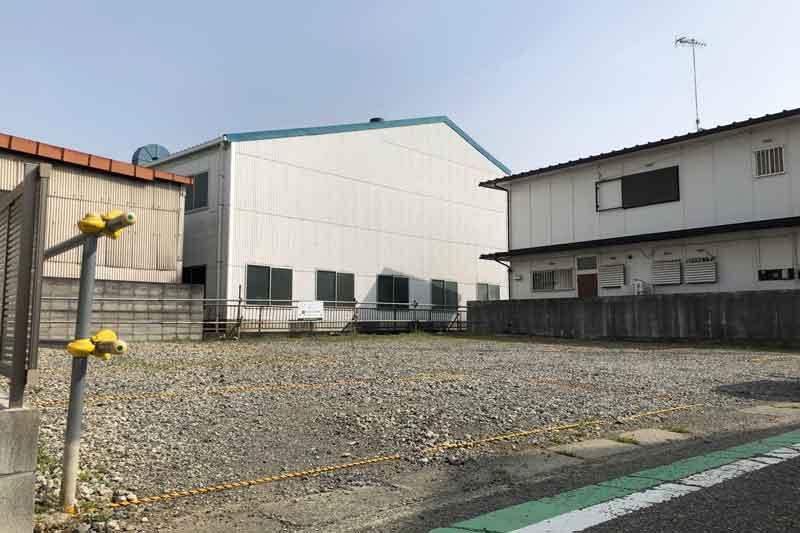 倉見第四駐車場 (砂利敷き)